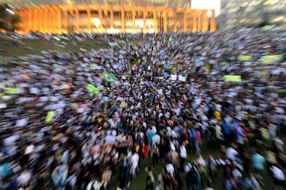 Manifestantes durante protesto em Brasília, em junho de 2013.