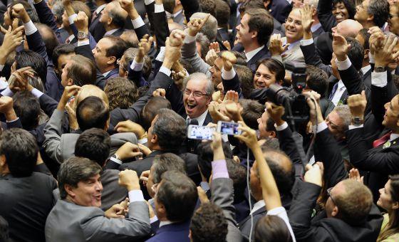 Governo Dilma sofre primeira derrota na estreia da nova Câmara