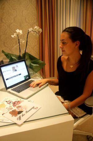 Alessandra, 18, que criou um site.