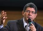 Voltar a crescer exigirá imaginação e esforço fiscal, diz Joaquim Levy