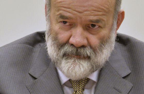 Vaccari durante sessão da CPI da Petrobras em abril.