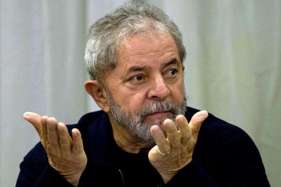 Procuradoria do DF abre inquérito contra Lula por tráfico de influência