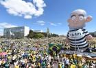 Após protestos, Governo se diz otimista, e FHC pede renúncia