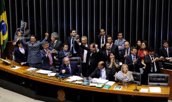 Aprovada na Câmara, redução da maioridade penal vai para o Senado