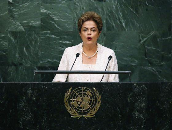 Na ONU, Dilma admite falhas na condução da economia