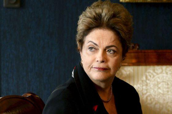 Senado dá tempo a Dilma e decisão sobre pedaladas fiscais fica para 2016
