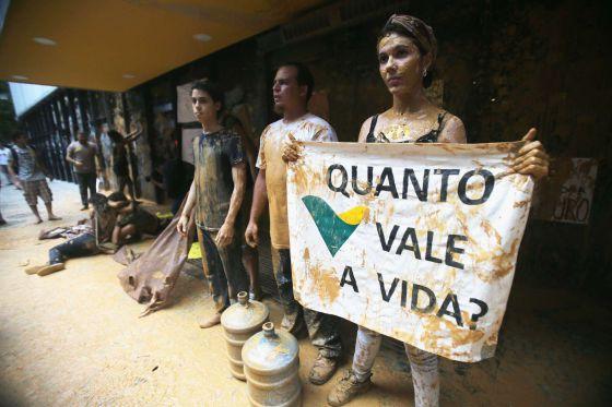 Samarco cita risco de rompimento e diz que não é hora de pedir desculpas