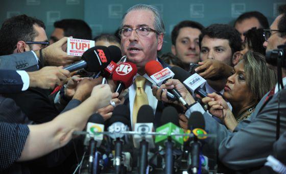 Eduardo Cunha acata impeachment de dilma