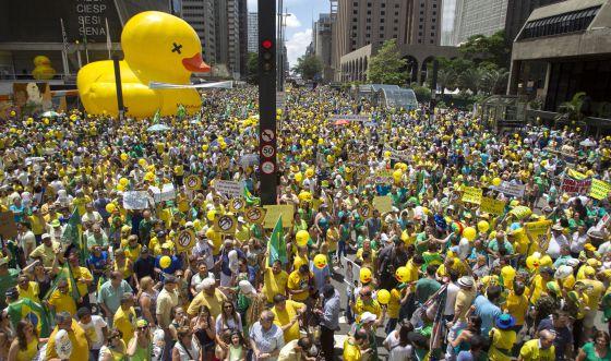 Manifestações contra Dilma voltam às ruas com menos fôlego que antes