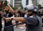 A repressão da Polícia Militar em São Paulo, em imagens