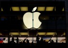 Vendas do iPhone esfriam pela primeira vez e Apple prevê queda