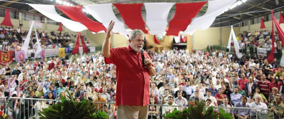 Denúncias sobre sítio em Atibaia e triplex ajudam a desconstruir mito Lula