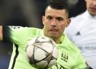 Manchester City faz 3 a 1 no Dínamo
