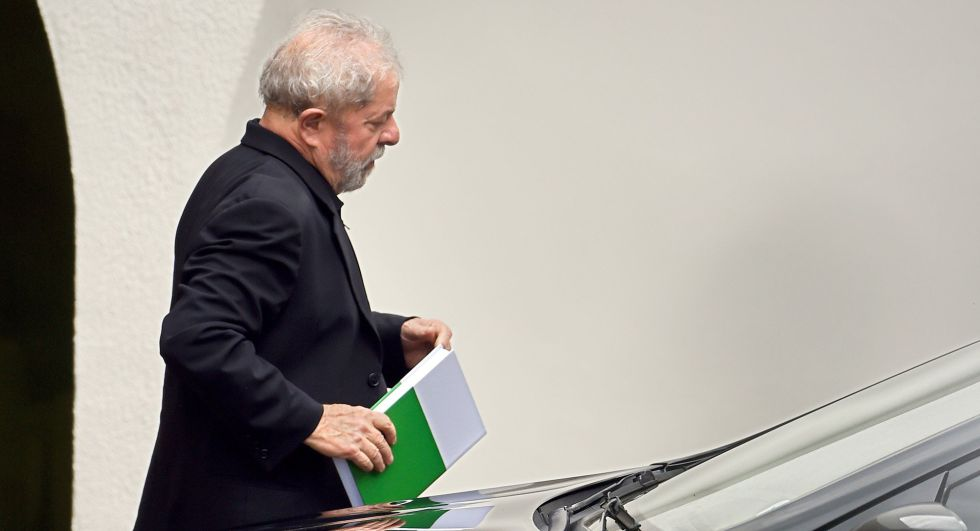 MP pede prisão preventiva de Lula