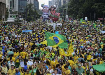Maior manifestação da democracia joga Dilma contra as cordas