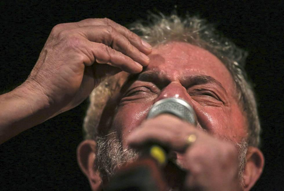 Procurador-geral muda de posição e agora é contra posse de Lula na Casa Civil
