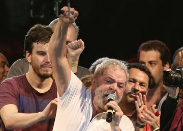 Lula abraça a campanha no Rio