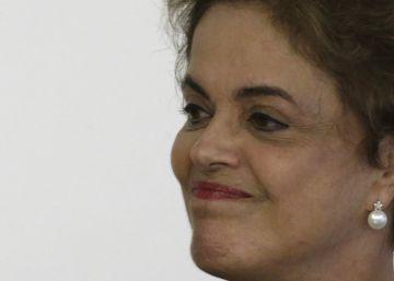 Temer tenta se desligar de Dilma em ação para evitar sua cassação