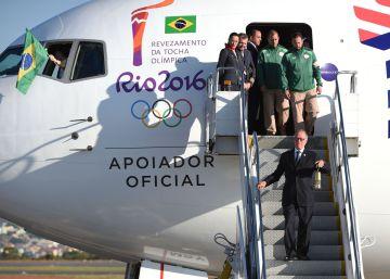 """""""O Brasil está pronto"""", diz Dilma na chegada da chama olímpica"""