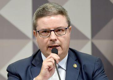 Parecer de relator abre precedente para novas denúncias contra Dilma