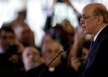 Serra critica PT, acena à Argentina e promete ação nas fronteiras