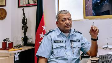 O comissário Rafael Graterol, em seu escritório no perigoso bairro de Petare.