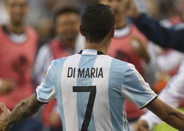 Sem Messi, Argentina vence o Chile por 2 a 1