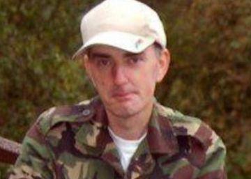 Irmão do homem detido por matar deputada britânica diz que ele tinha problemas mentais