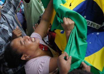 Policiais acusados de chacina de jovens no Rio são soltos pelo STJ