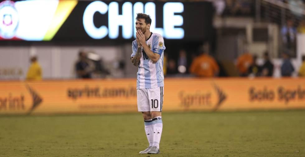 1466976008 596746 1466996360 noticia normal Copa América: nos penais, o Chile é bi. Messi desperdiça o dele, adiós Argentina... E adiós Lionel, que não mais quer jogar pela seleção... Será verdade?
