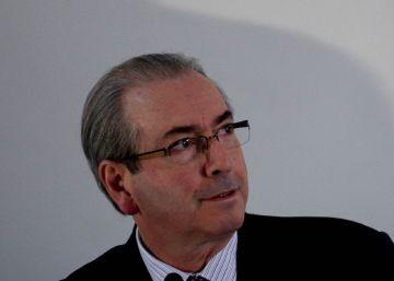 Cunha recorre a Temer para eleger aliado para presidência da Câmara