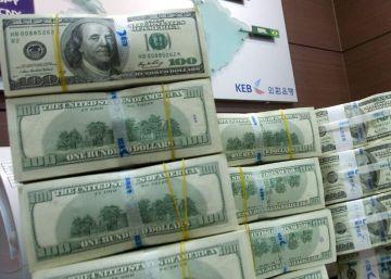 Por que o dólar está caindo este ano?