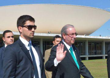 Renúncia de Cunha abre corrida por sucessão e base de Temer se divide