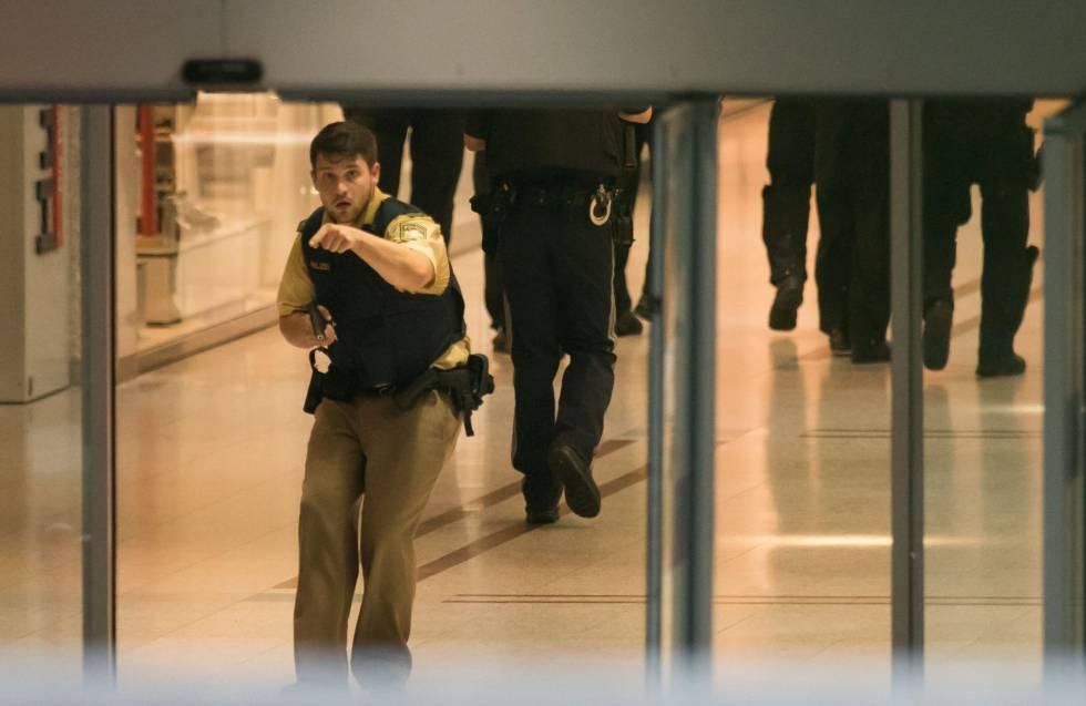 Polícia alemã vasculha shopping em Munique após disparo.