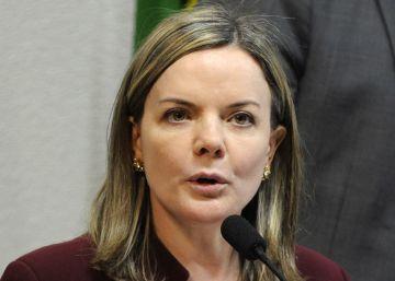 """Gleisi Hoffmann: """"Dilma não cometeu crime, estão forçando a barra"""""""