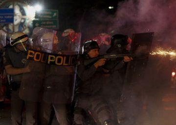 Primeiro protesto com Temer presidente tem repressão e quebra-quebra em São Paulo