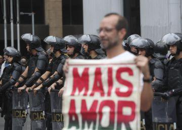 """Juiz solta manifestantes: """"O Brasil não pode legitimar 'prisão para averiguação"""""""