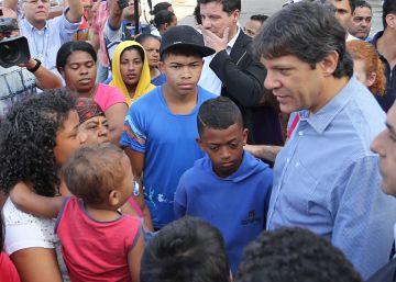 A periferia de São Paulo muda seu voto e rejeita o candidato do PT