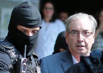 Planalto e aliados trabalham para conter 'risco Cunha' um dia após prisão