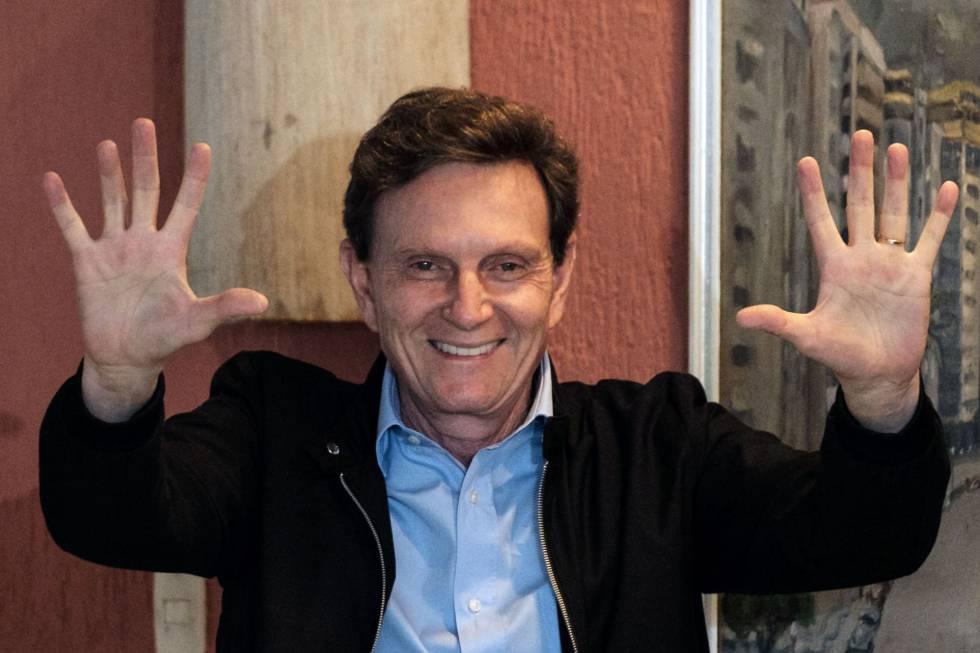 Crivella eleito para a prefeitura do Rio nas eleições 2016