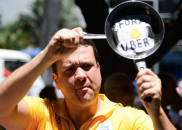 Paes volta a proibir o Uber, mas aplicativo segue funcionando no Rio