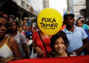Oposição pede impeachment para intensificar desgaste de Temer