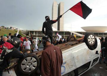 Ato contra PEC do Teto tem repressão policial e depredação em Brasília
