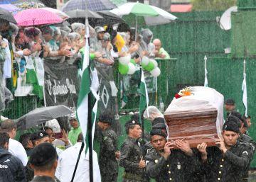 Acidente da Chapecoense: todas as notícias e homenagens