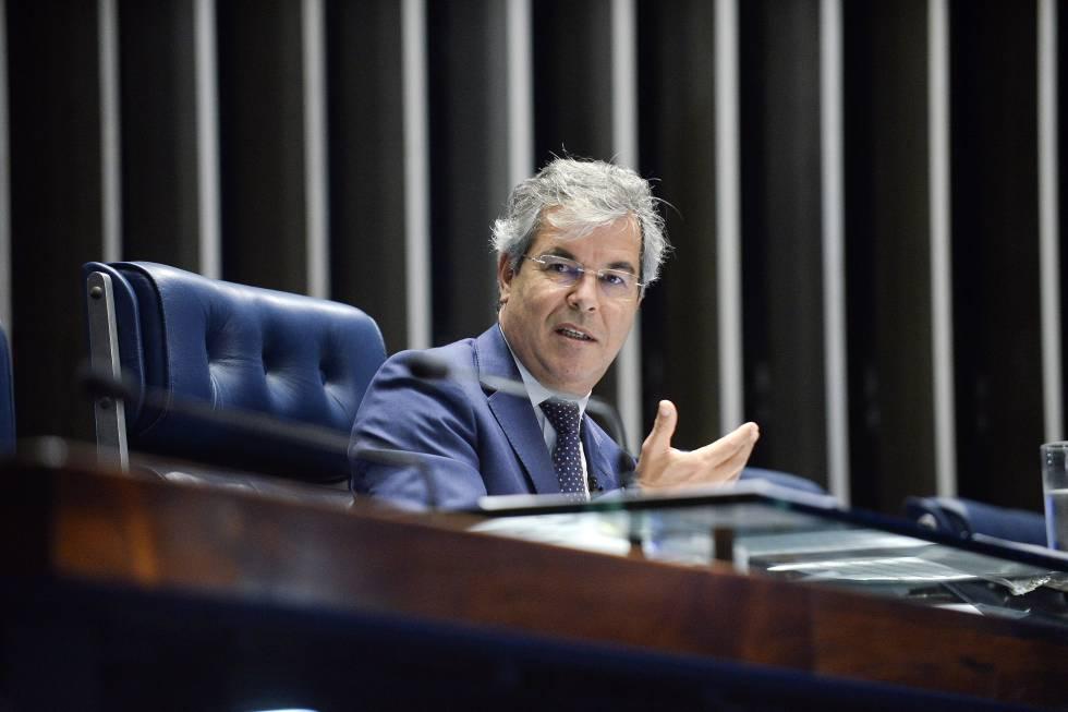 Renan Calheiros afastado do Senado