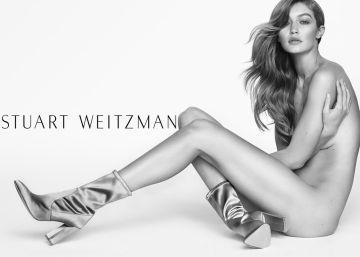 Por que as modelos aparecem nuas em anúncios de calçados?