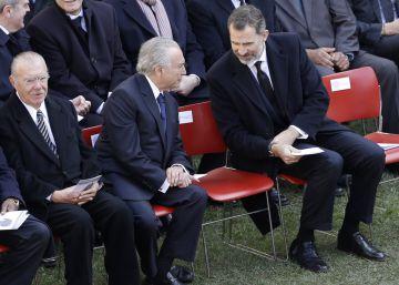 Portugal se despede de Mário Soares com rosas vermelhas e amarelas