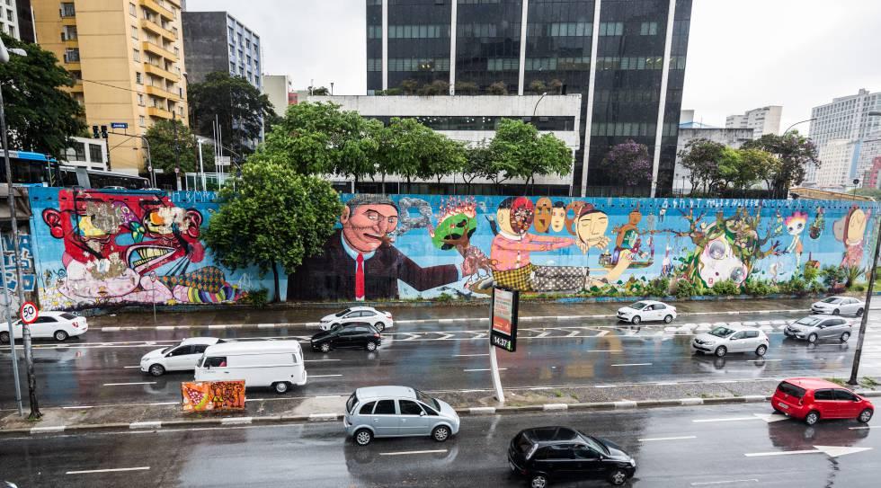 Mural de grafite na av. 23 de Maio, fotografado em 20 de janeiro.