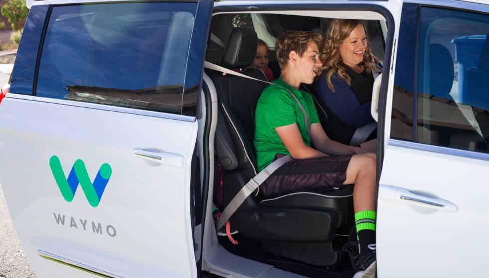 Táxis do Google sem motorista começam a prestar serviço no Arizona