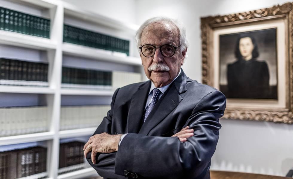 O advogado Modesto Carvalhosa em seu escritório, em São Paulo.